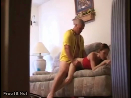 Boyfriend fucking girlfriend on hidden cam