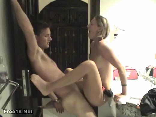 Young Tight Girl Nice Bathroom Fuck
