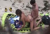 beach voyeurism - 9