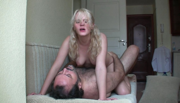 Jeyn - Blond Teen Girl