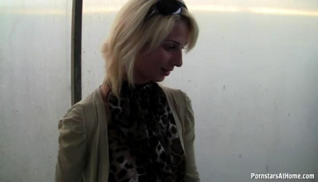 Teen Slut Public - Video3