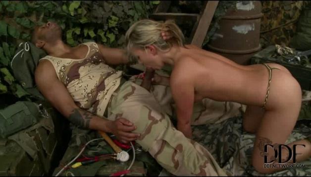 Rihanna Samuel - Sexy Soldier
