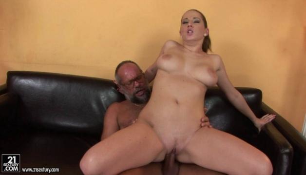 Nicole Sweet And Oldman