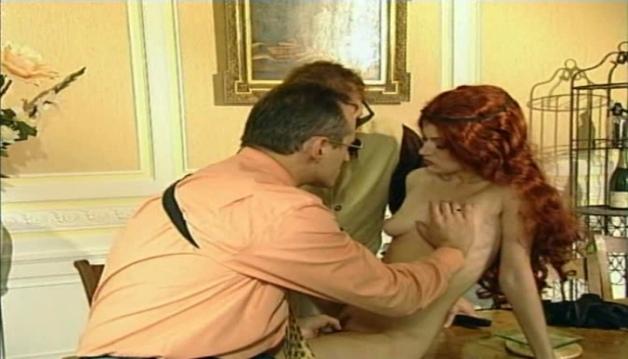 Fovea, Redhead, French