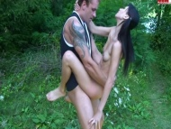 skinny mona  fantastic outdoor sex action