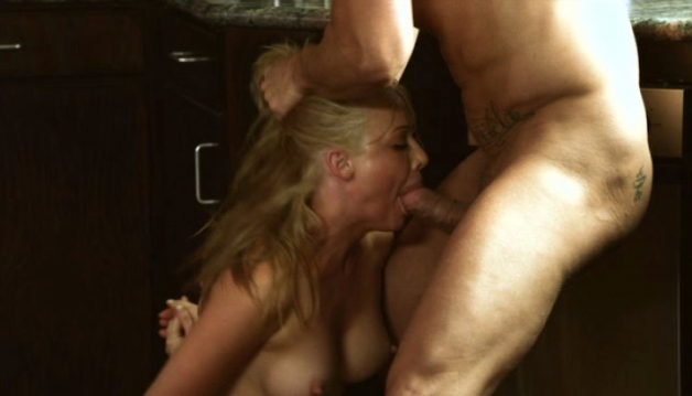 Kayden Kross - SEXY BLONDE