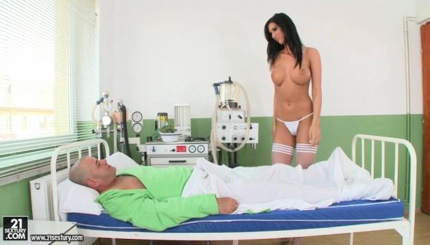 Cloe - Nurse