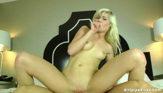 Chloe Foster, Anal Casting