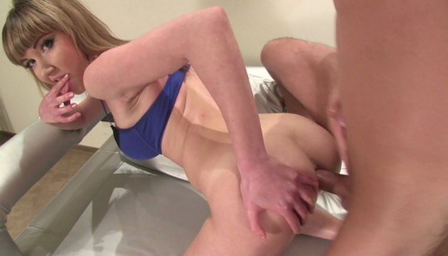 Elly Justin, Anal Sex