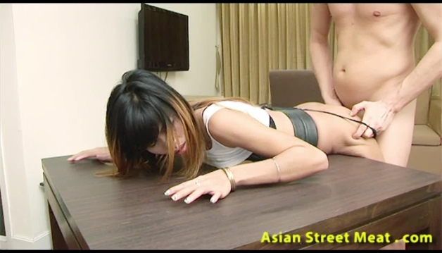Asian slut, Wanton