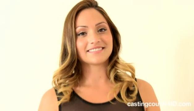 Lisa, Casting