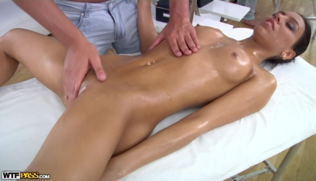 Julia, Cool Massage Fuck