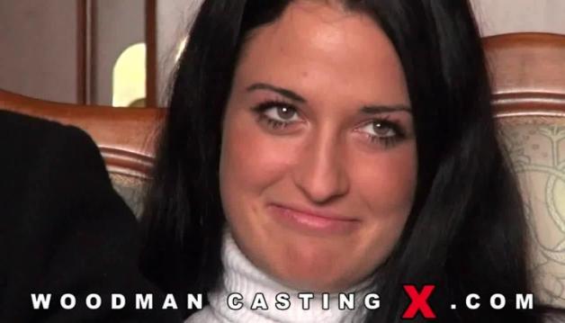 Hot, Nicole