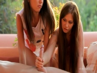 Beautiful And Young Girls Vide