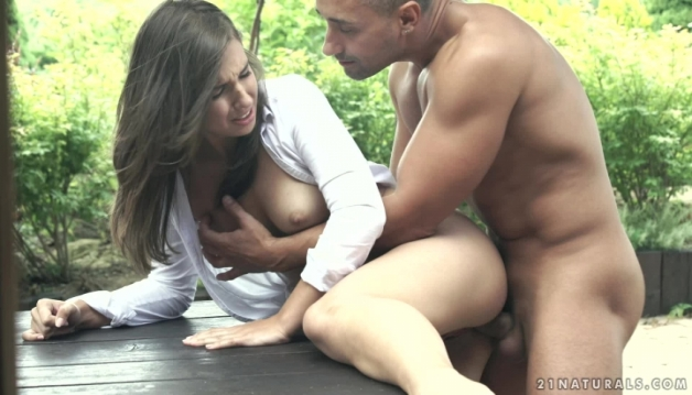 Lily Anal sex