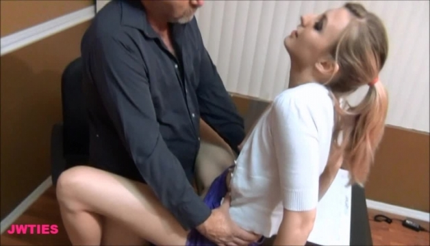 Renee - Sex in the office